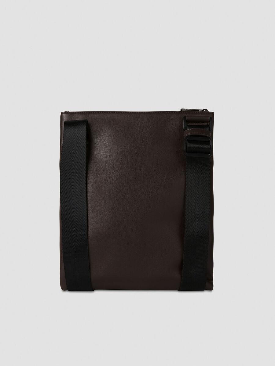 Tablet Tasche Courmayeur aus glattem Kunstleder