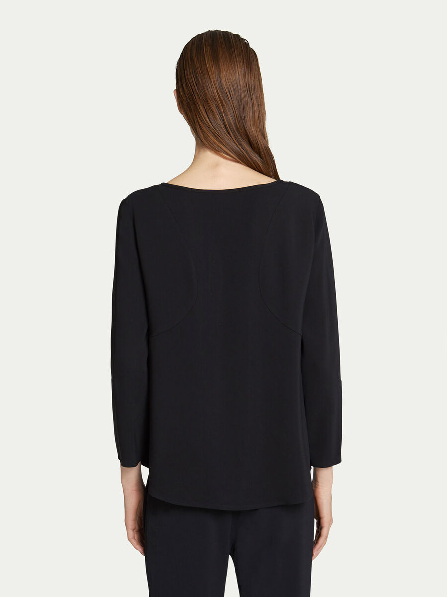 Solid colour round neck blouse in viscose blend cady