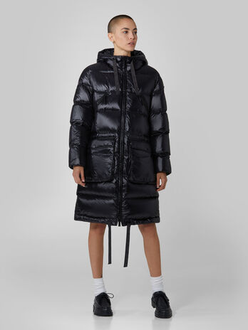 Hooded down jacket in quilted light nylon