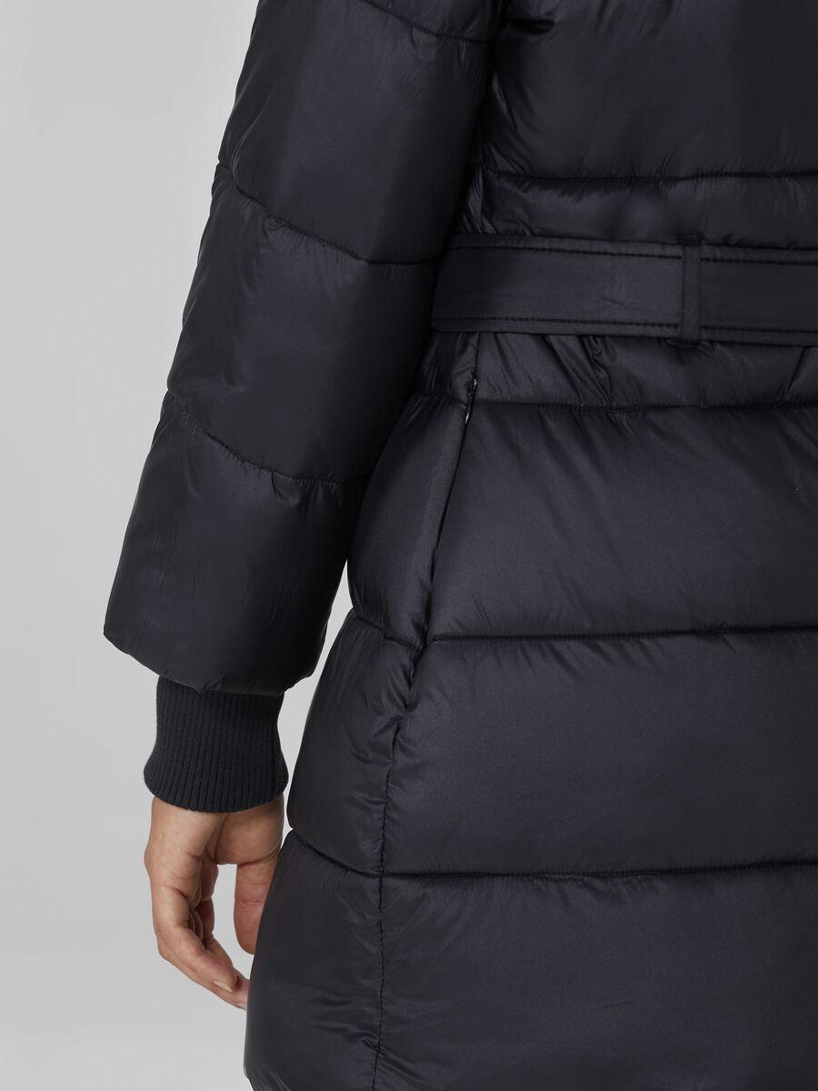 Piumino trapuntato in nylon satin soft con cintura