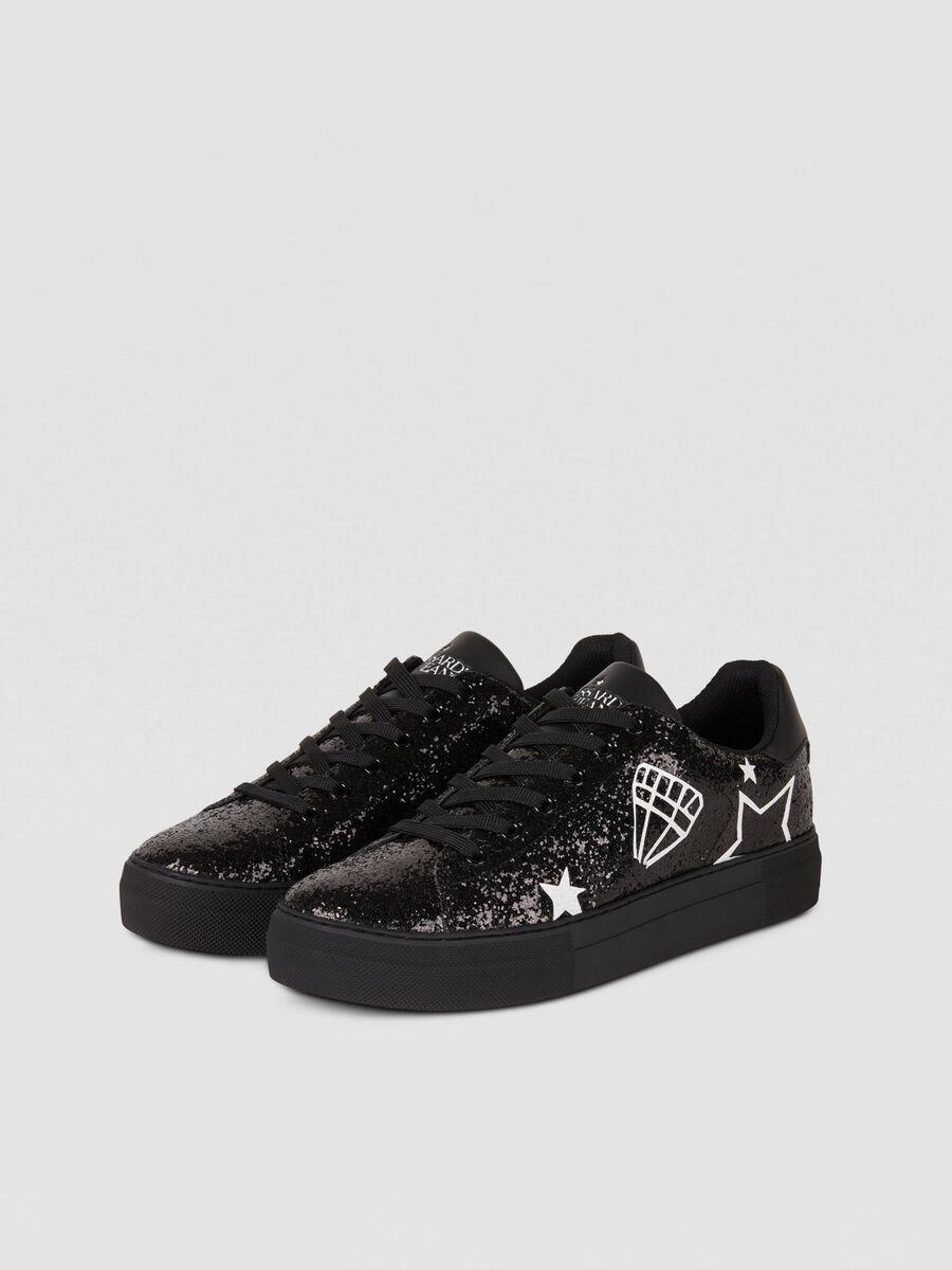Sneaker in strass con stampe grafiche