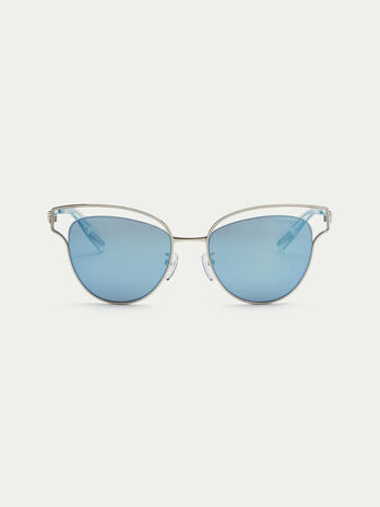 Aviator sunglasses with perforated endpieces