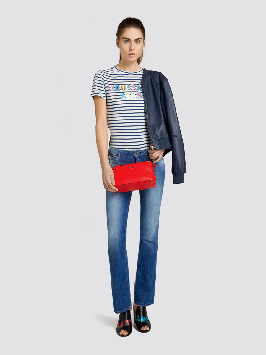 Flared Seasonal 206 jeans in distressed denim