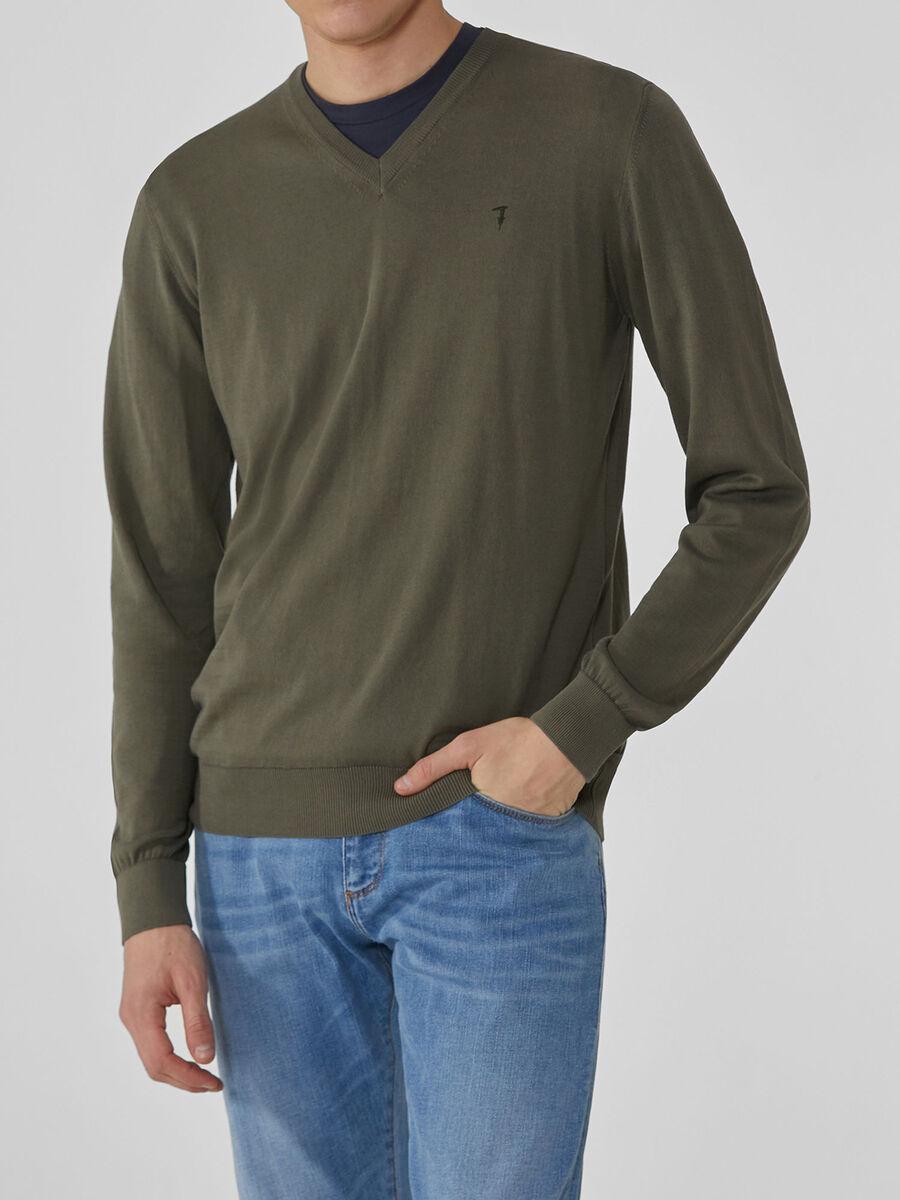 Jersey con cuello de pico de hilado de algodon
