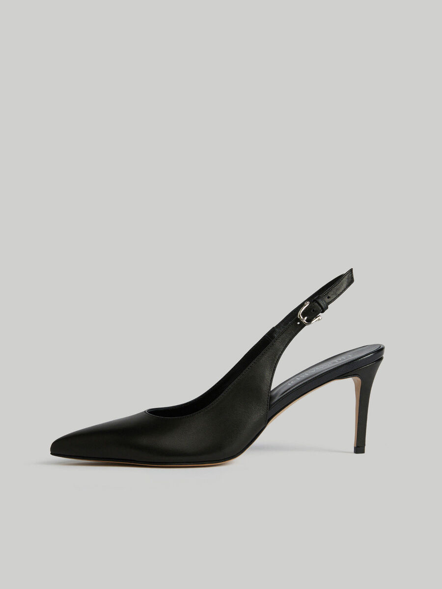Zapato destalonado de piel