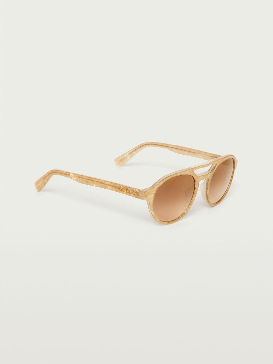 Aviator sunglasses with opaque lenses