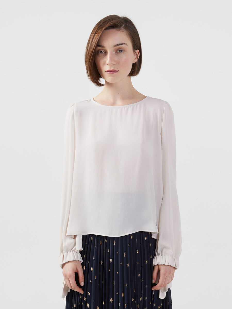 Double Georgette blouse with ruched cuffs