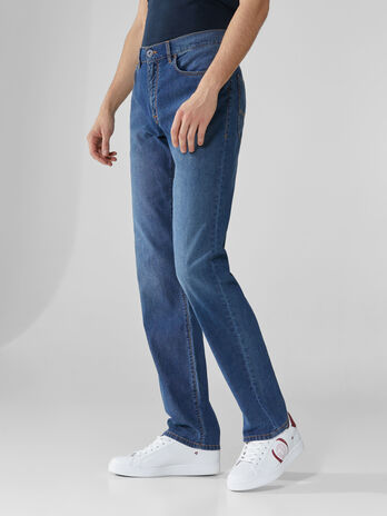 Jeans 380 Icon aus blauem Light-Denim