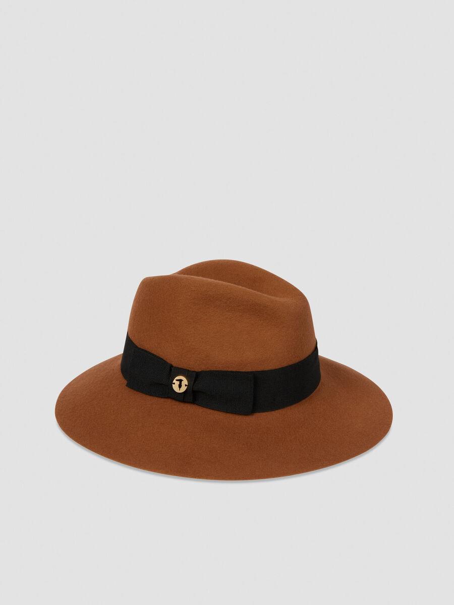 Wide brim felt hat