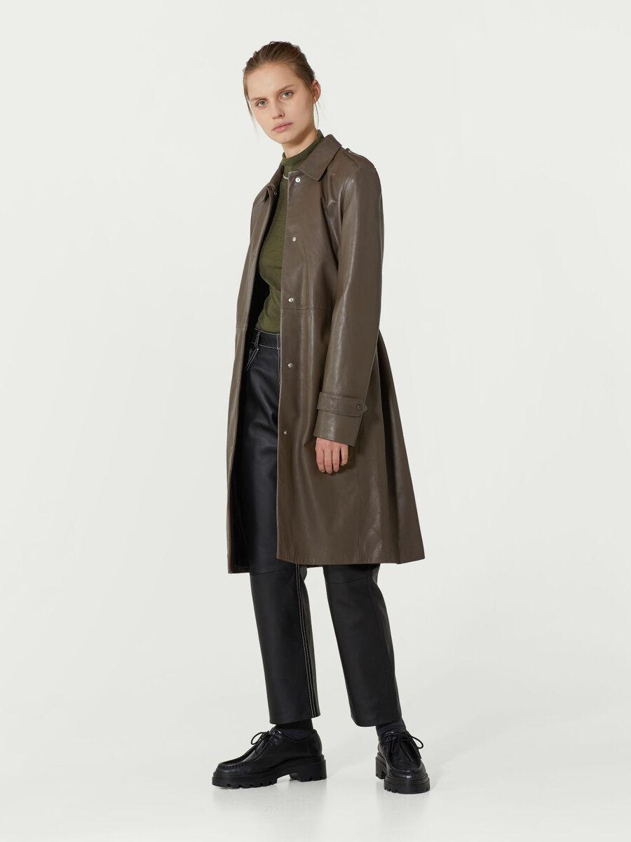 Overcoat in pelle plonge