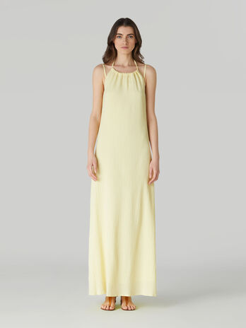 Long sleeveless soft crepon dress