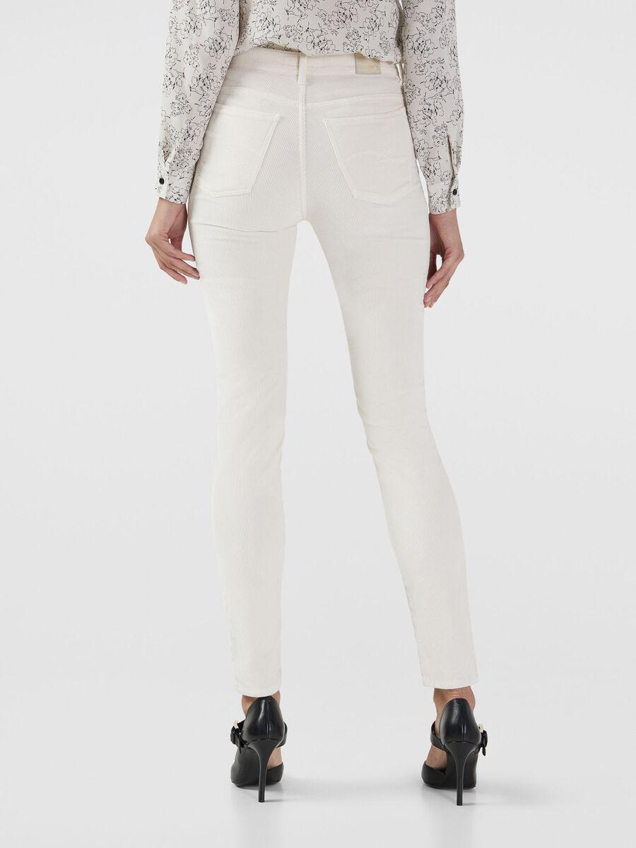 Skinny 105 jeans in stretch corduroy