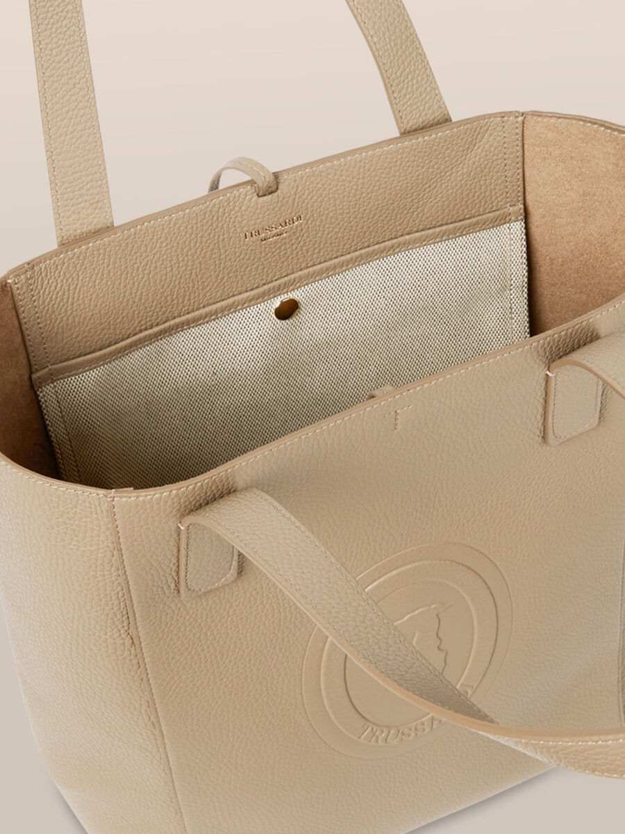 Olivia tote bag in Adria leather