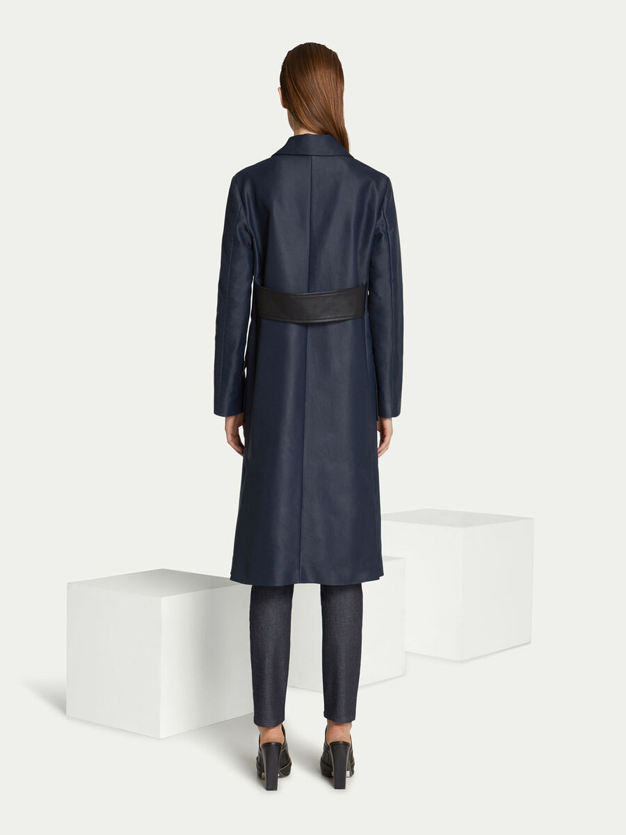 Cappotto regular fit in cotone tinta unita e fascia