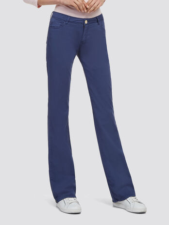 Garment dyed stretch jeans
