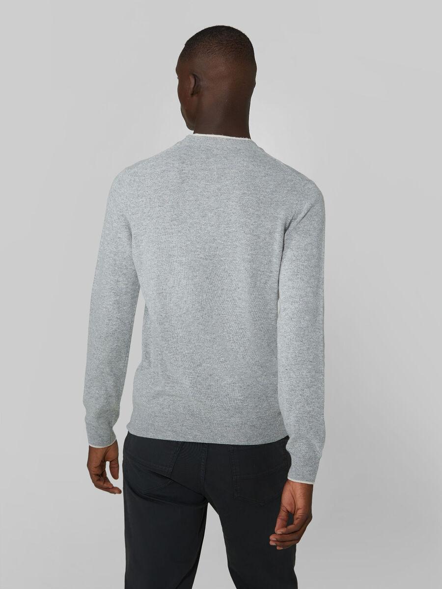 Pullover girocollo regular fit in misto cachemire