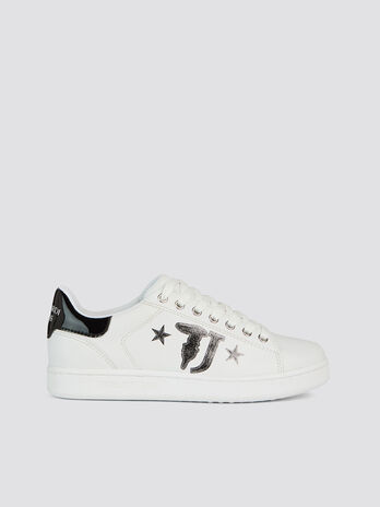 Solid colour faux leather sneakers with star maxi logo