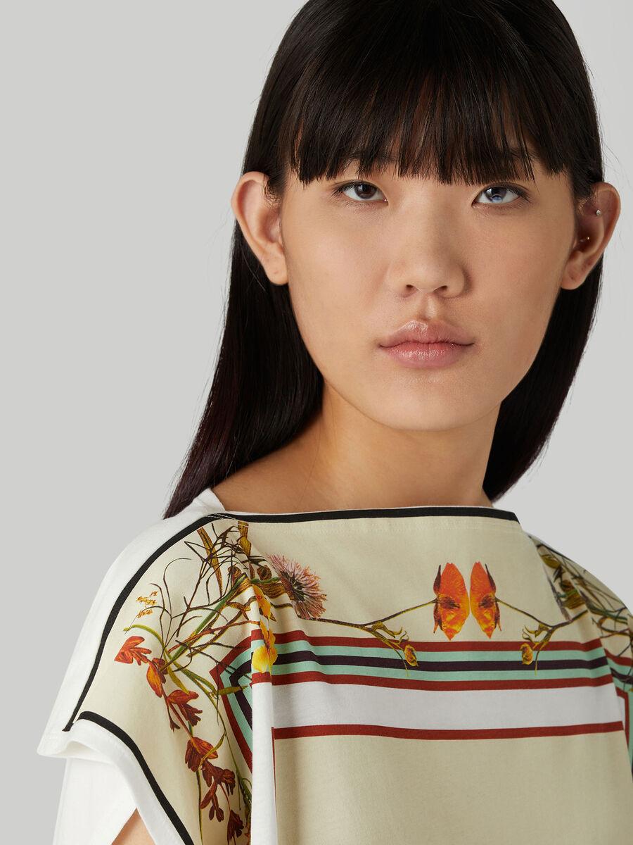 Jersey T-shirt with foulard print