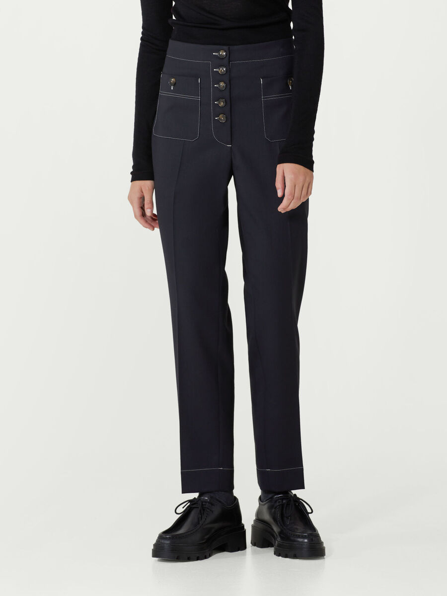 Pantalone in gabardina light con tasche