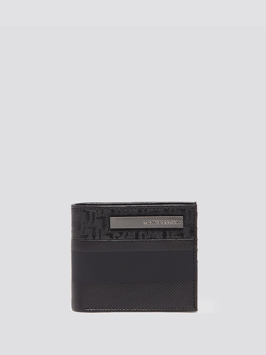 Wallet with carbon fibre effect and card holder