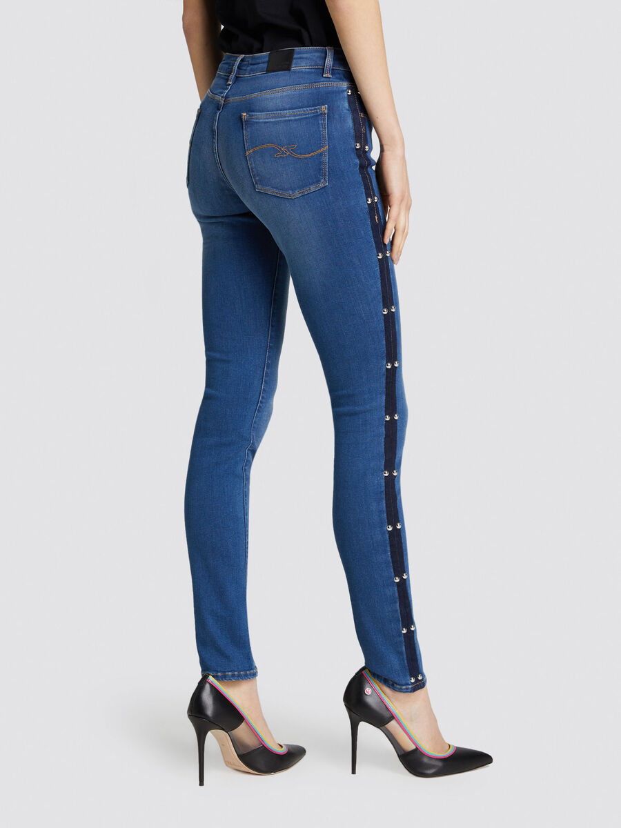 Regular Seasonal 260 jeans with metal studs