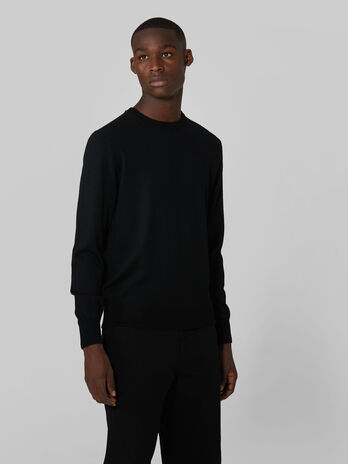 Slim fit wool crew neck pullover