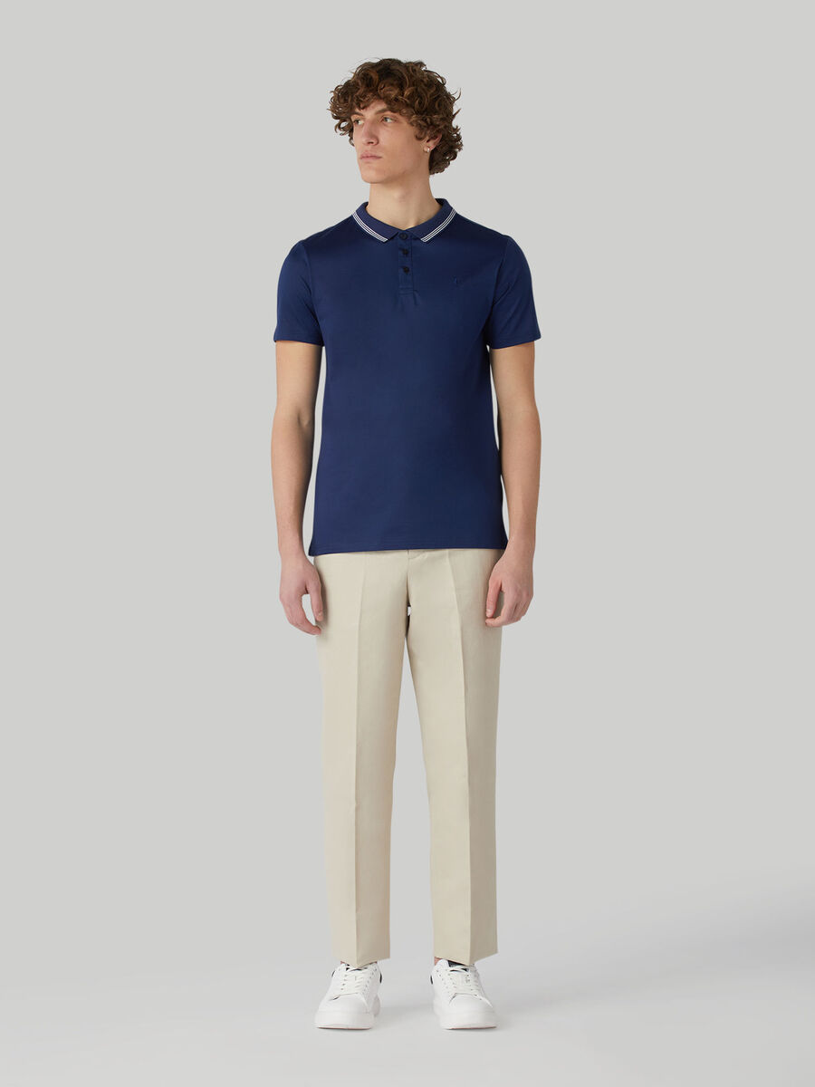 Hose aus Baumwolle und Leinen