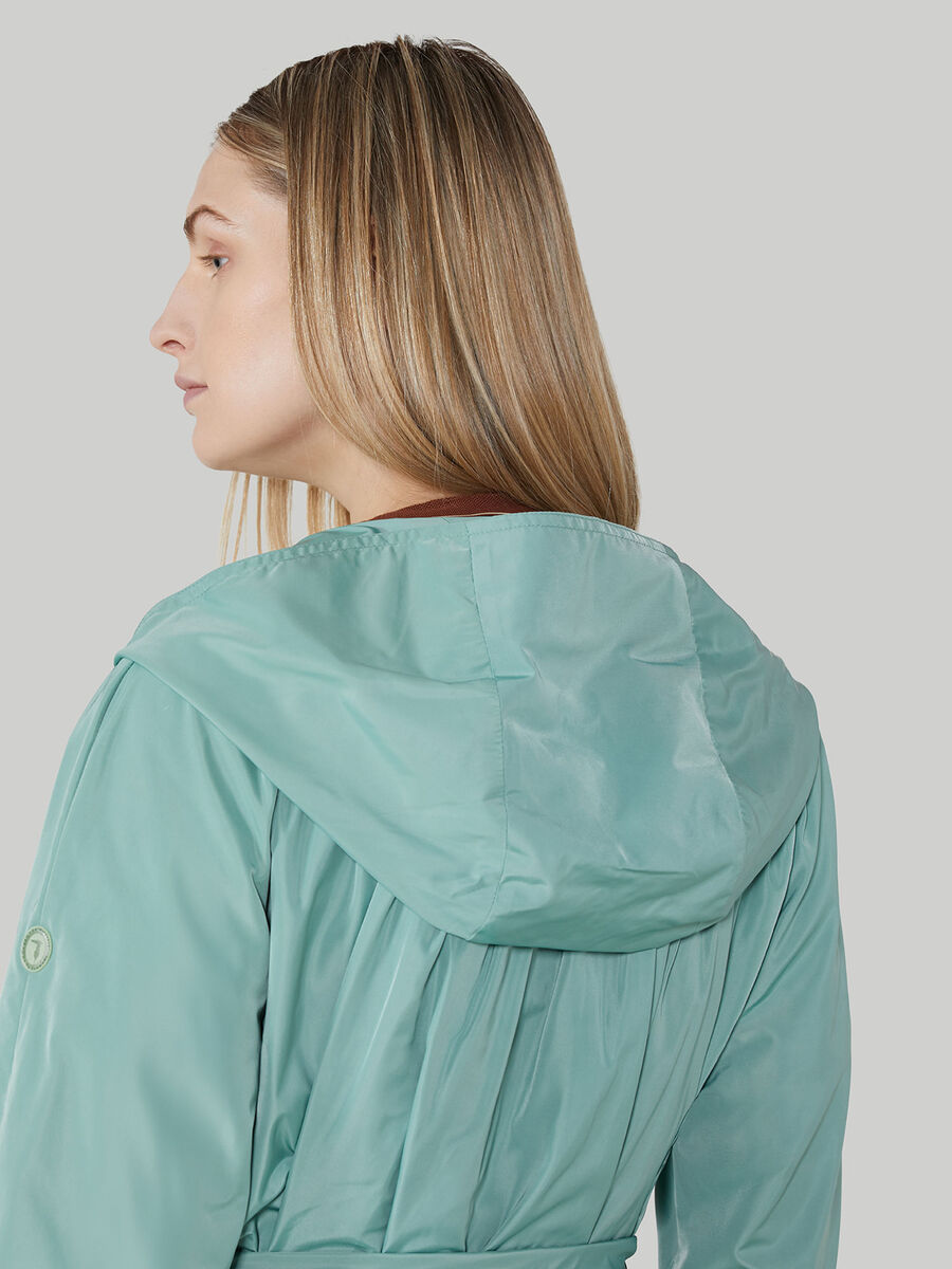 Overcoat in tessuto tecnico con cappuccio