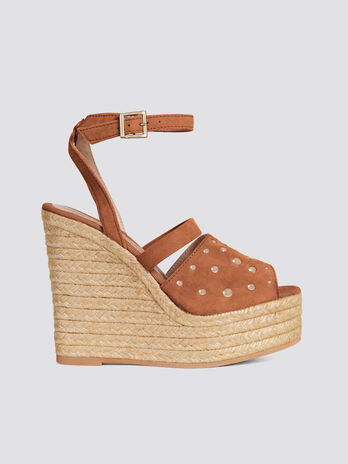 Leather espadrilles with wedge and silver studs