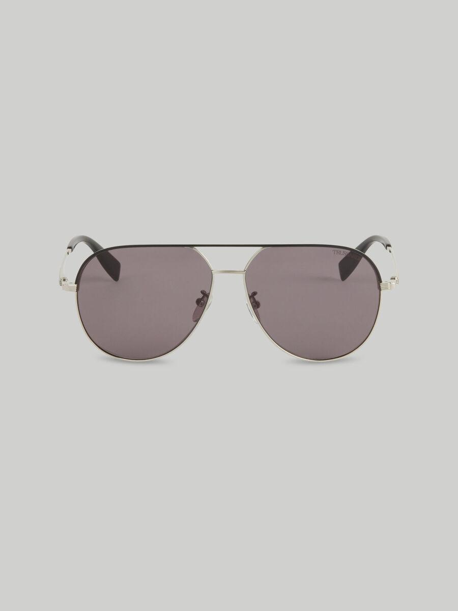 Piloten-Sonnenbrille aus silberfarbenem Titan