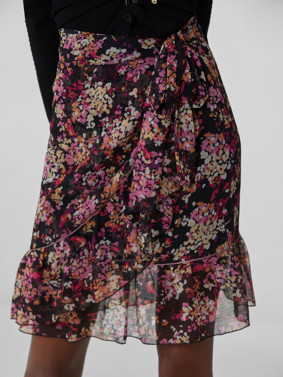 Georgette miniskirt with floral print