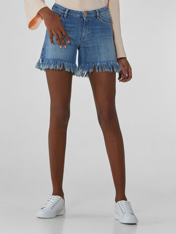 Short 260 Fantasy en denim souple a franges