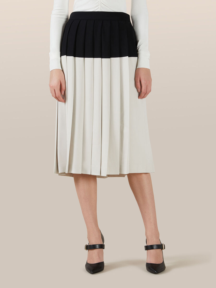 Pleated two tone skirt in viscose cady