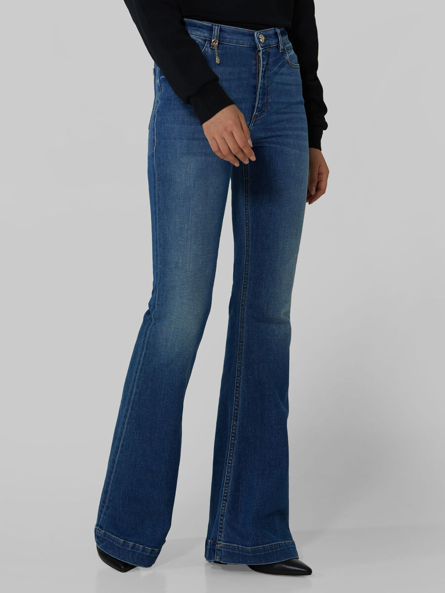 New Bell jeans in soft touch denim