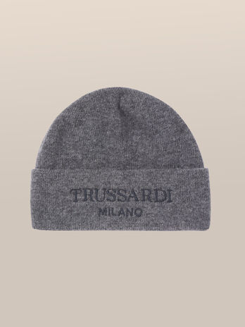 Wool hat with jacquard logo