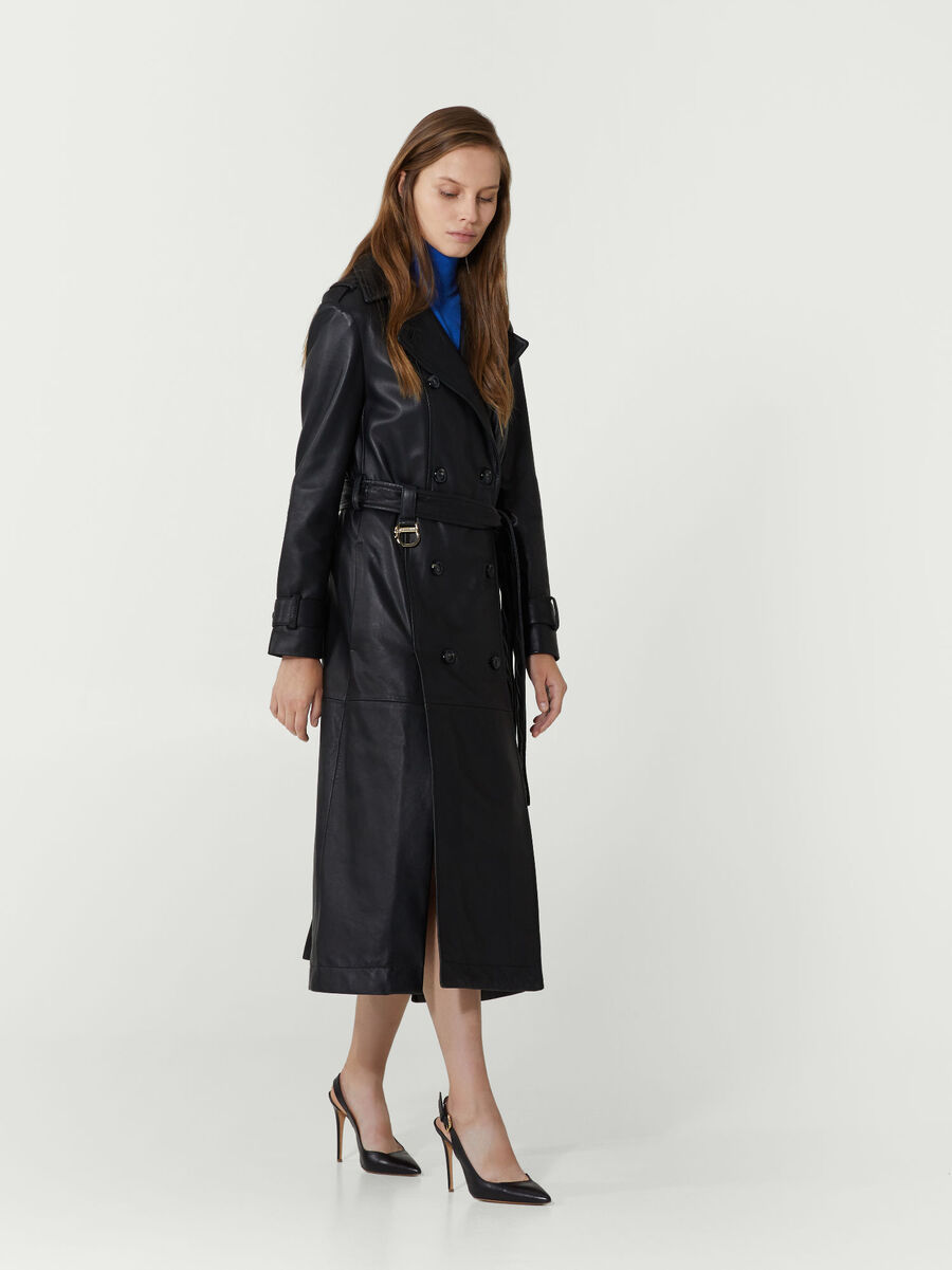 Trench regular fit in pelle con cintura