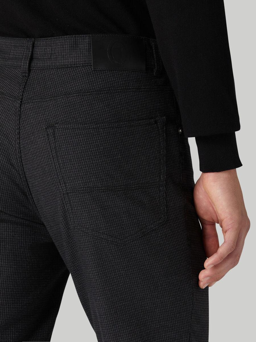 Close 370 trousers in Fancy gabardine