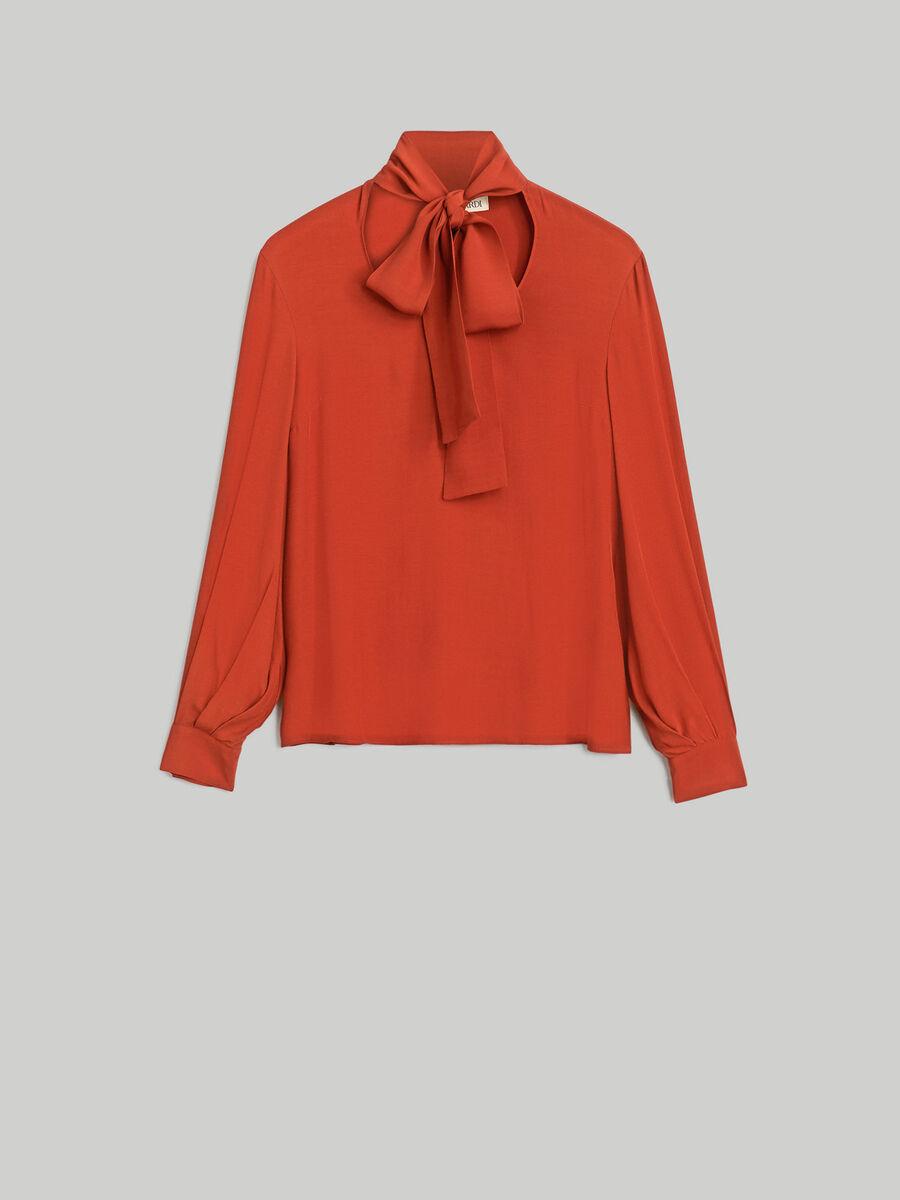 Blusa in light crepe