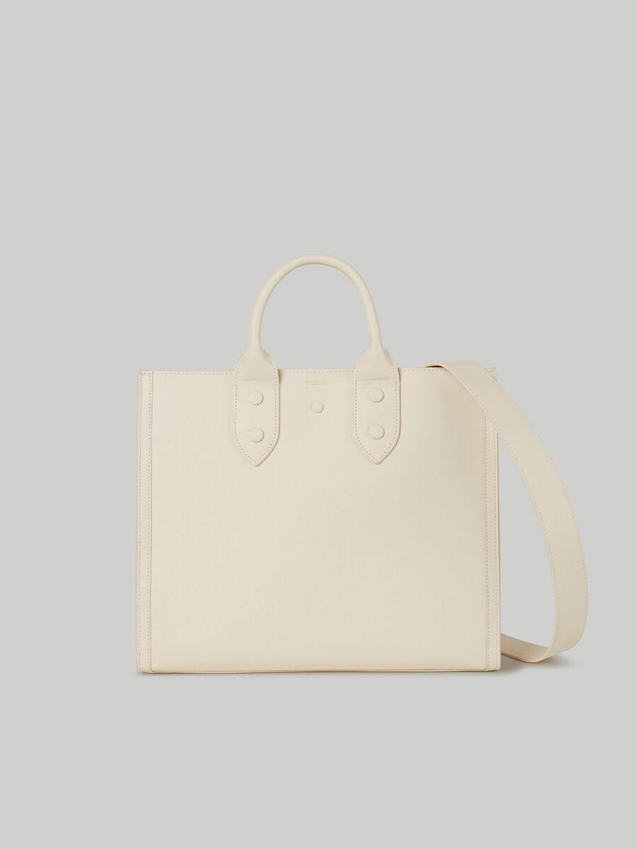 Medium Venezia shopper bag in leather