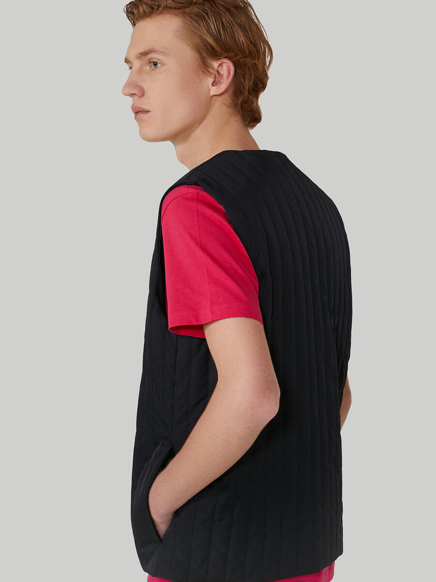 Quilted technical fabric gilet