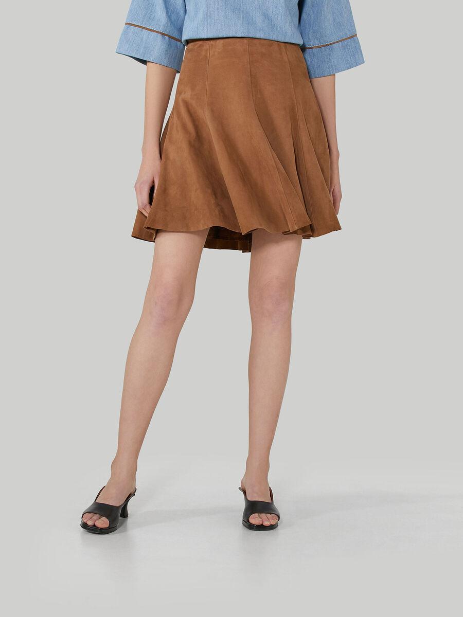 Short suede skirt