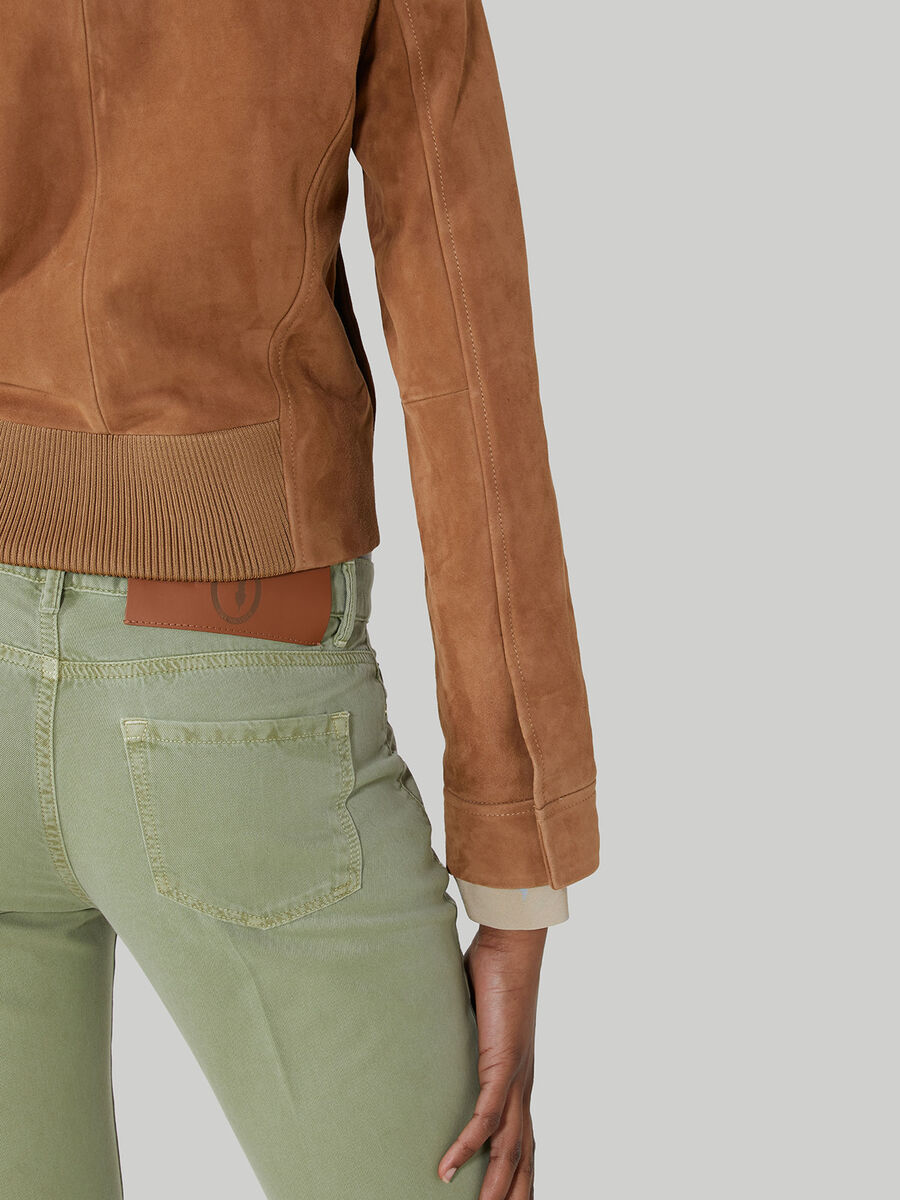 Giacca cropped in suede