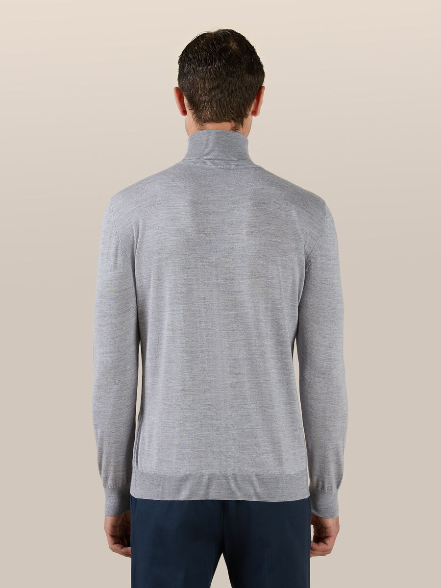 Wool silk turtle neck pullover