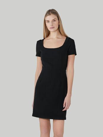Kurzes Kleid aus technischem Cady