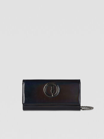 Alba pouch in mirrored faux leather