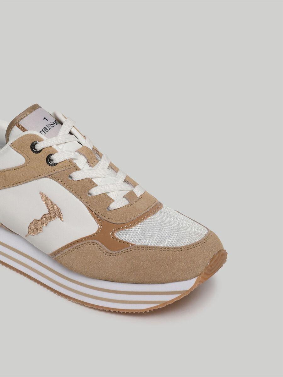 Sneaker Celtik mit Veloursleder-Einsaetzen