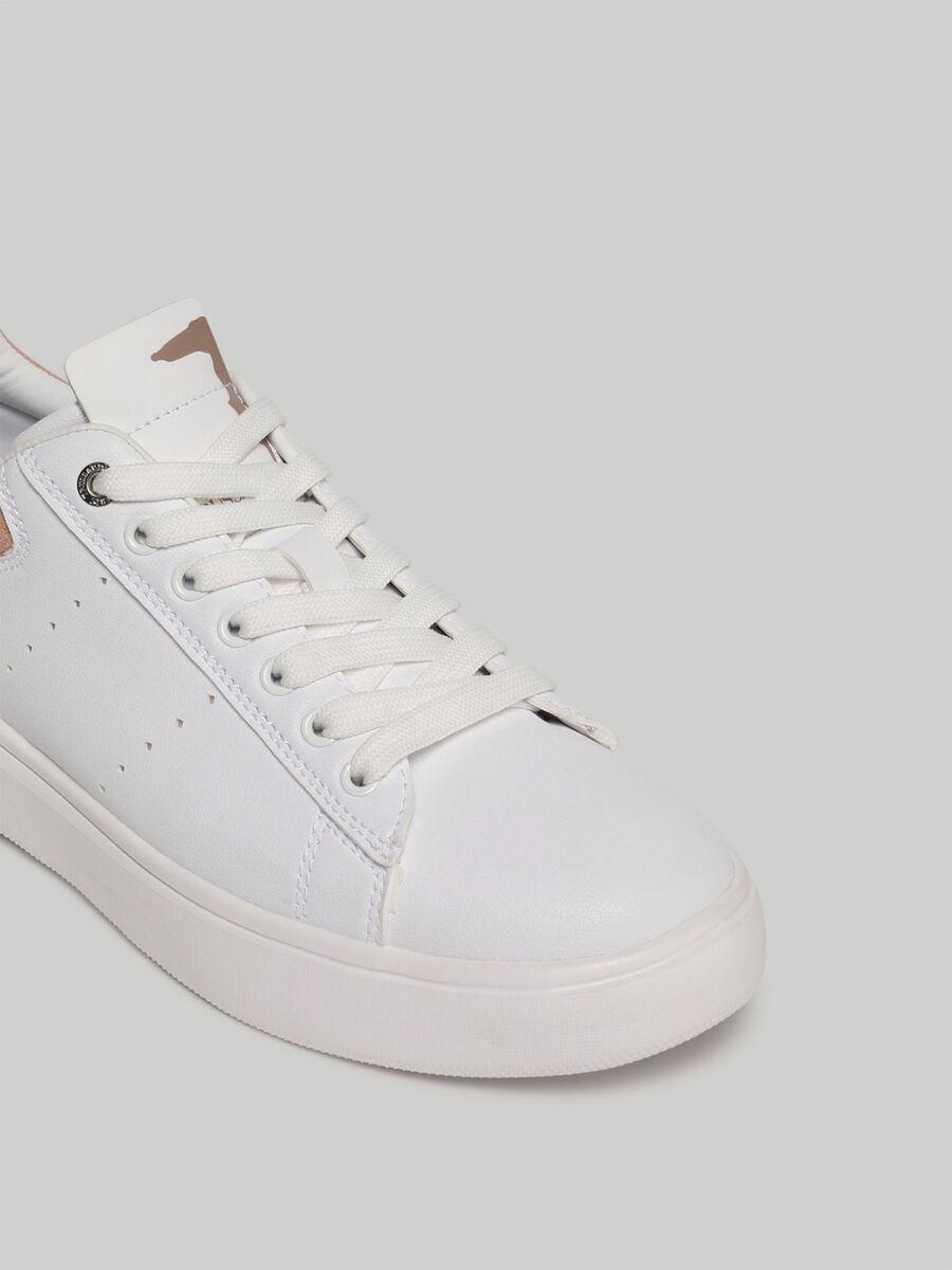 Sneaker Yrias aus Kunstleder