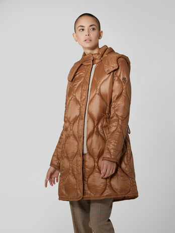 Quilted light nylon parka