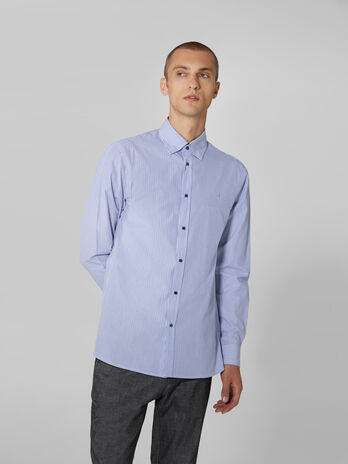 Camisa button down de corte regular de popelina