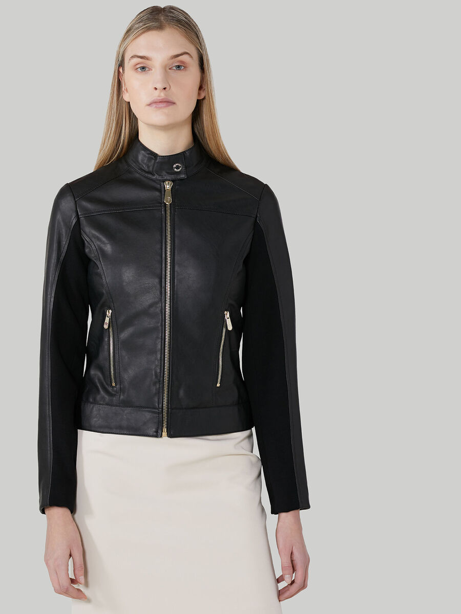 Soft jacket with zip